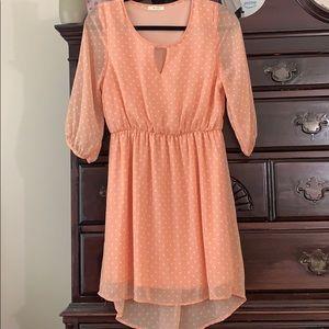 Everly Hi-Lo dress 3/4 sleeve. Medium